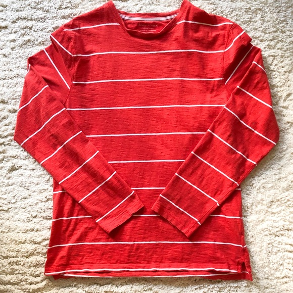 Banana Republic Men's Red Fitted Crew LS Shirt